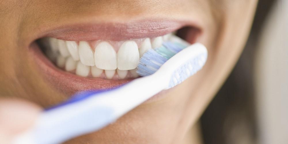 čistění zubu