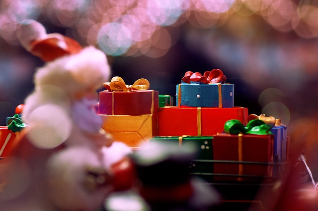 Santa s dárky